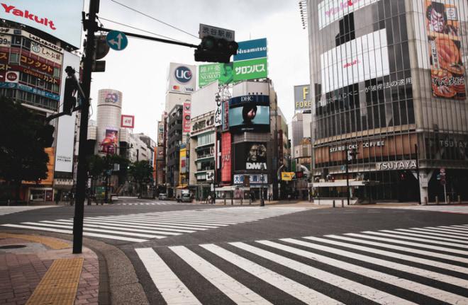2020年緊急事態宣言で、無人の渋谷スクランブル交差点